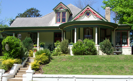 welcome to the victorian bed and breakfast in natchez, mississippi